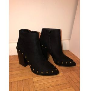 NEW! Black Bootie
